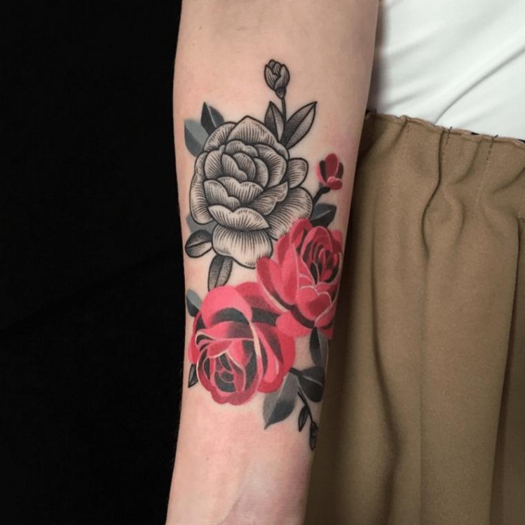 rosa-tatuaje-mujer-tattoo-flores