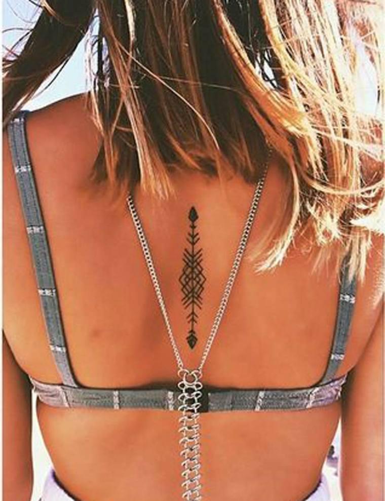 tattoo-mujer-espalda-ideas
