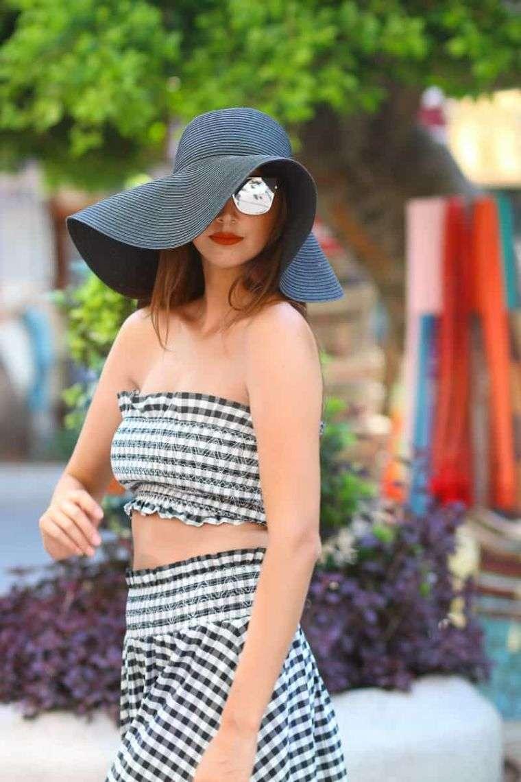 tipos de sombreros-ala-ancha-negro