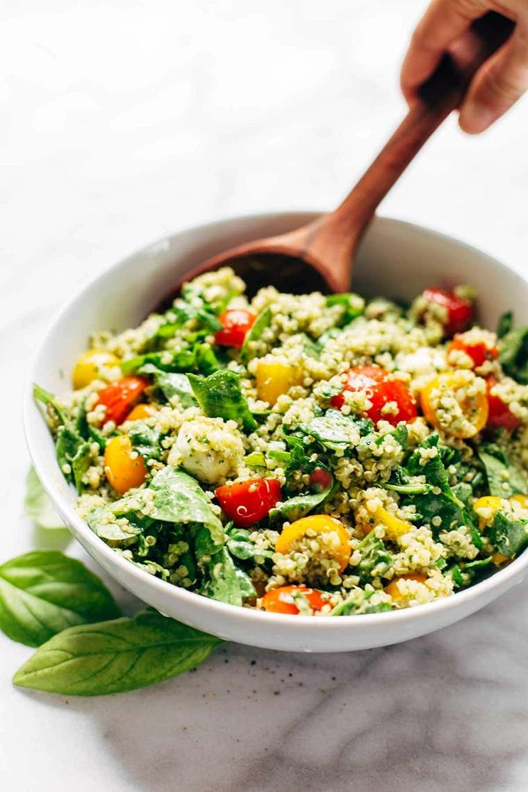 verano-comprar-frutas-verduras-ensalada