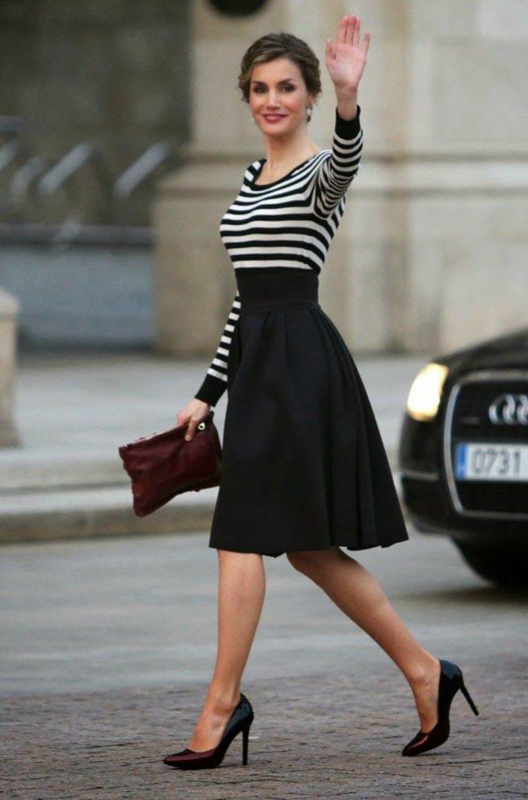 Bonito vestido blanco y negro