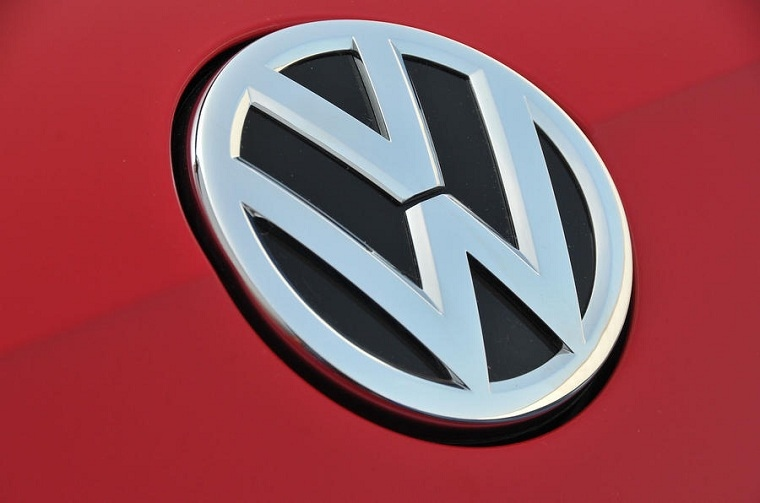 New Volkswagen-nuevo-logo-2019