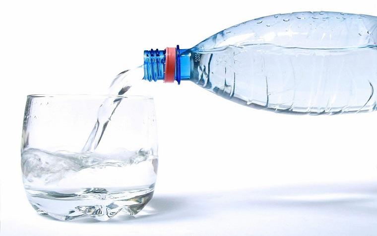 botellas-de-plastico-opciones-agua