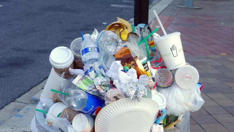 el plástico basura