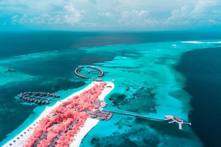 """serie de fotos """"The Maldives Infraland"""""""