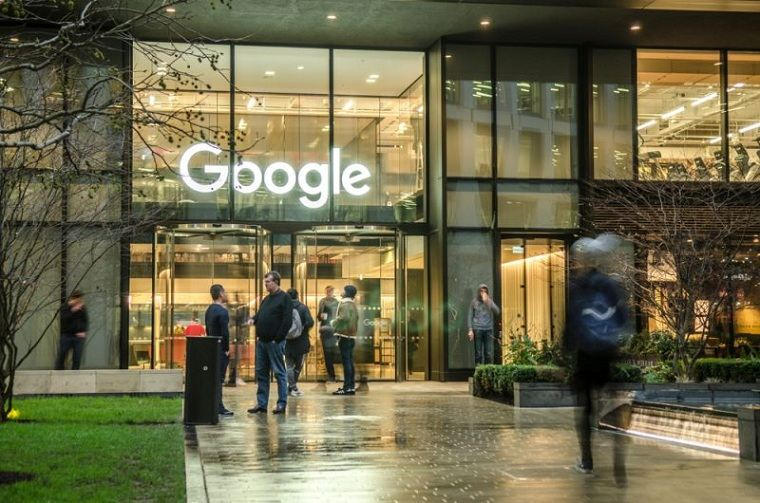 google-publicacion-falsa-linkedin