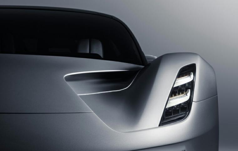 modelo Evija eléctrico