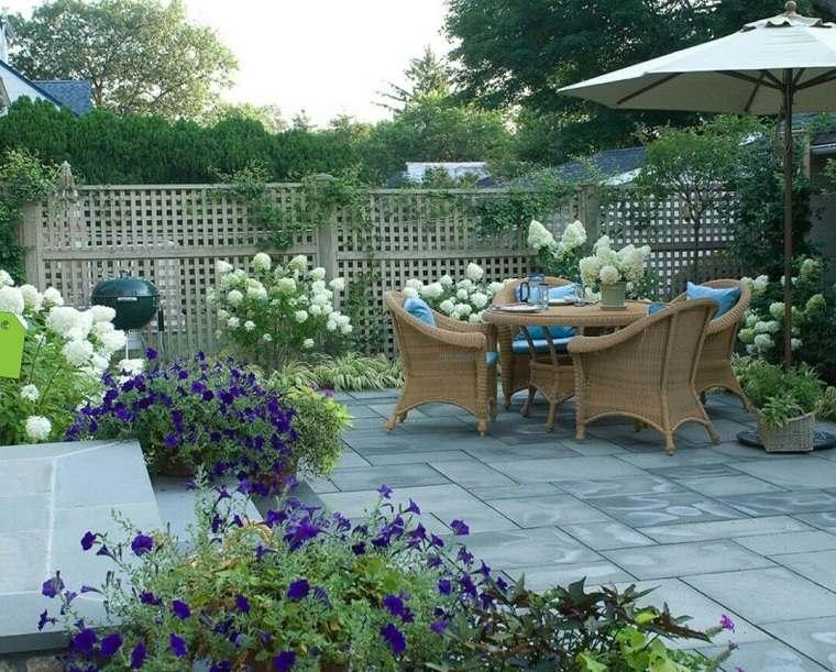 jardines-pequenos-con-piedras-estilo-provenzal