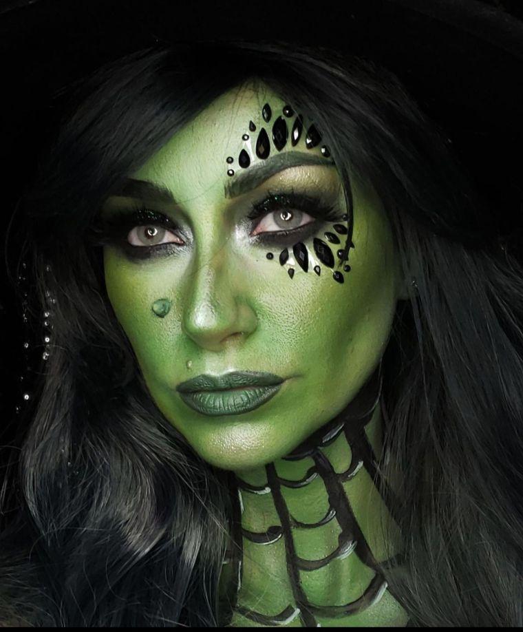 maquillaje de bruja cuello