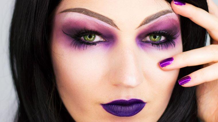 maquillaje de bruja morado