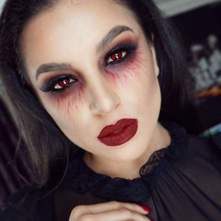 maquillaje de bruja rojo