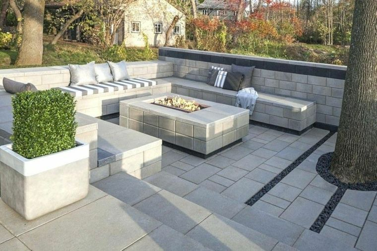 decorar patios con Topiarios