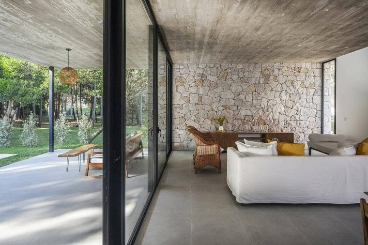 casa-pared-piedra-opciones