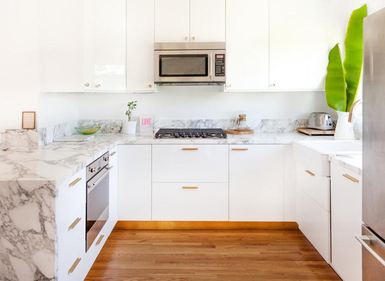 cocina-pequena-marmol-ideas