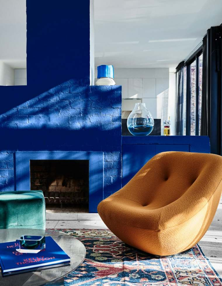 color-azul-sala-estar-diseno-moderno