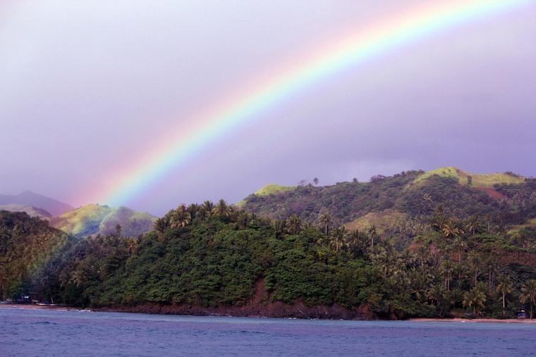 colores del arcoiris agua