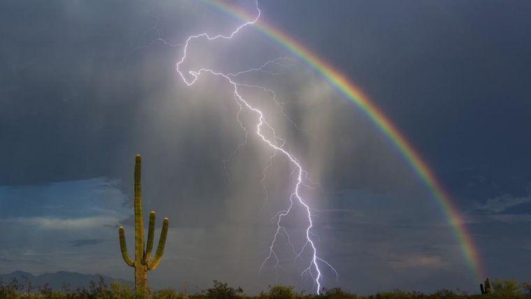 colores del arcoíris rayo