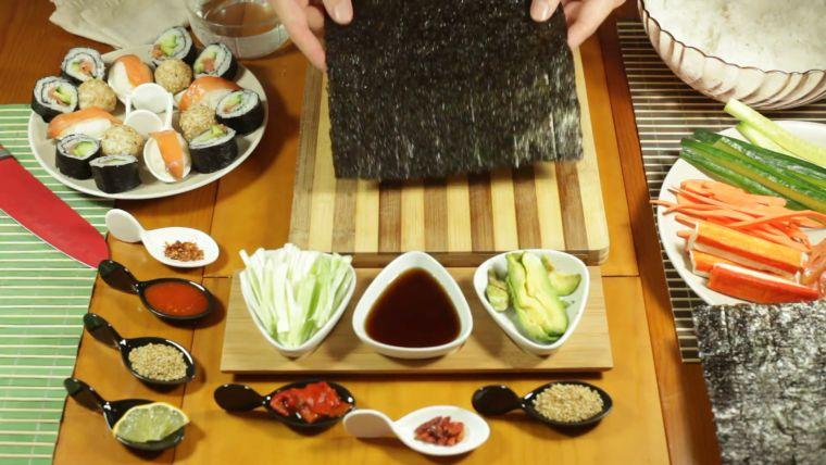 comida típica japonesa algas