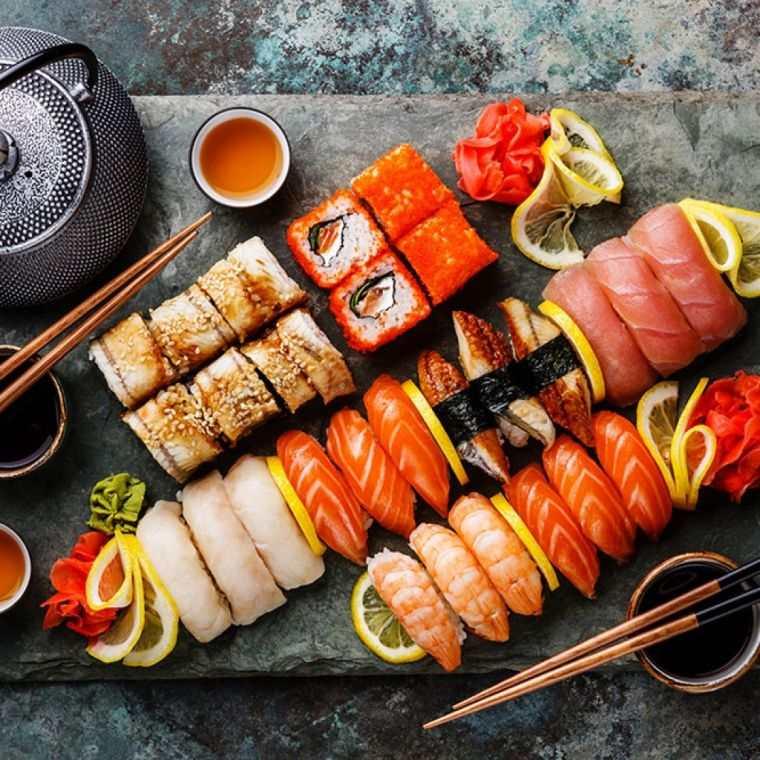 comida tipica japonesa colores