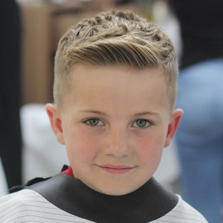 cortes de pelo para chicos copete lateral