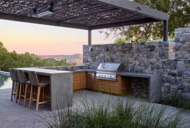 terraza con bar y cocina