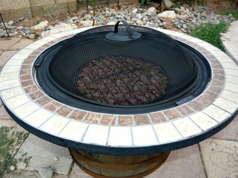 Pozo de fuego de barriles de vino