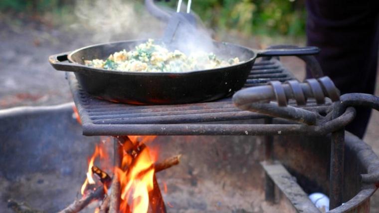 Paella de fogata