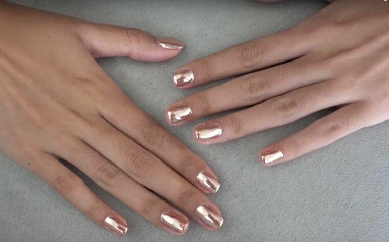 uñas rosas manos