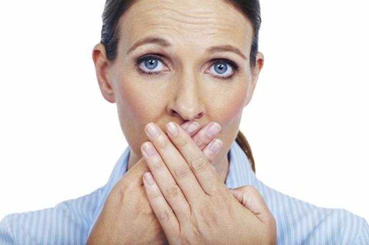 ¿La laringitis es contagiosa?