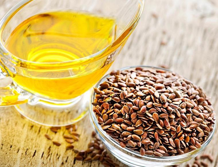 alimentos-buenos-para-el-corazon-aceite-de-linaza