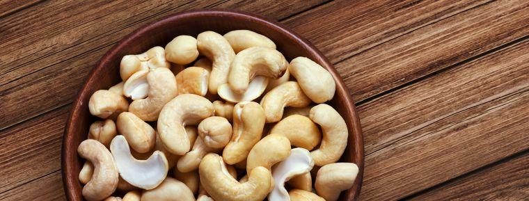 alimentos vegetales ricos en proteínas anacardos