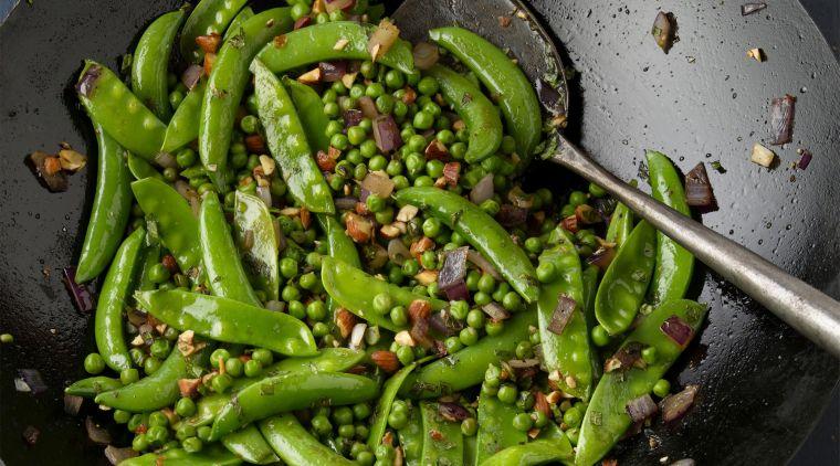 alimentos vegetales ricos en proteinas chicharos