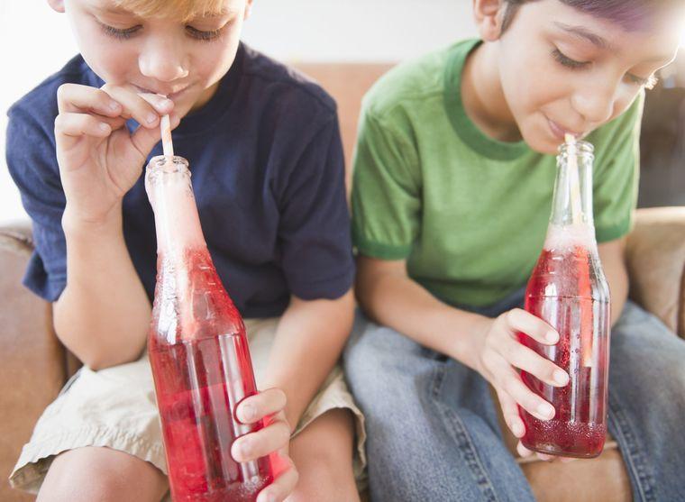 bebidas carbonatadas niños