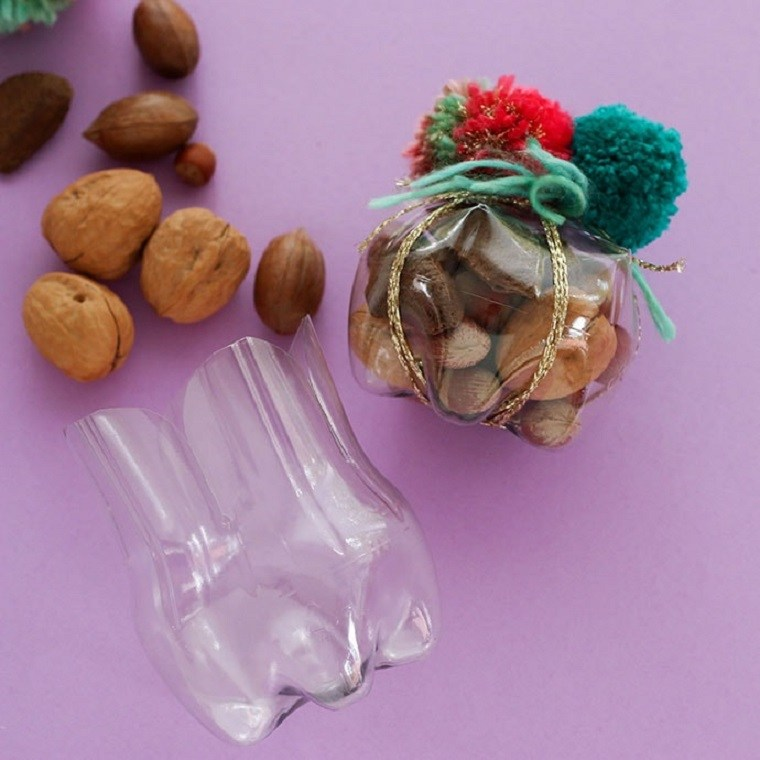botellas-de-plastico-cajas-regalo