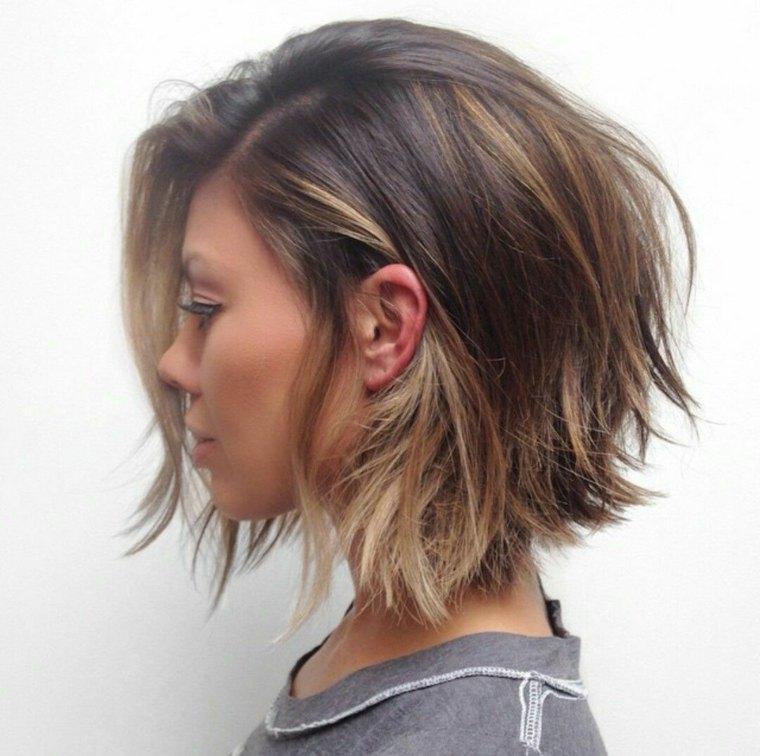 cabello-corto-capas-balayage