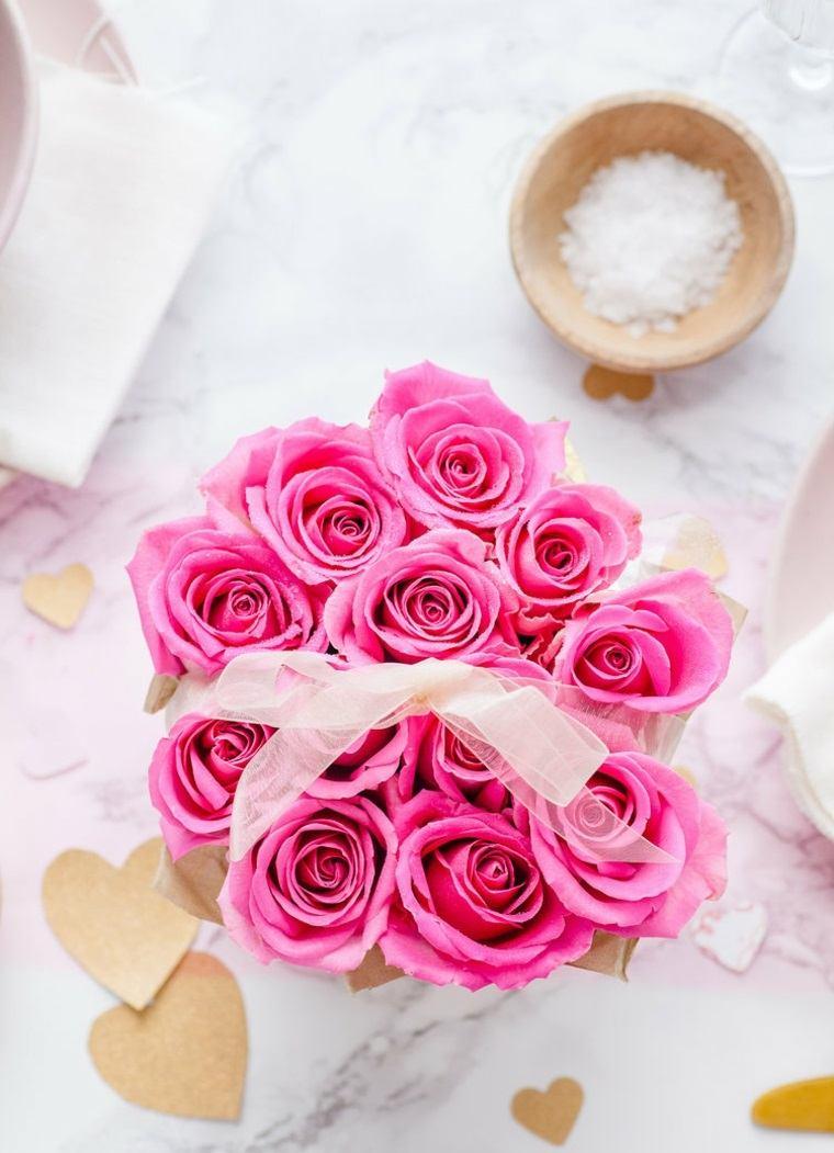 caja-doce-rosas-regalo-san-valentin