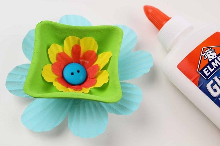 centro-flor-botones-coloridos