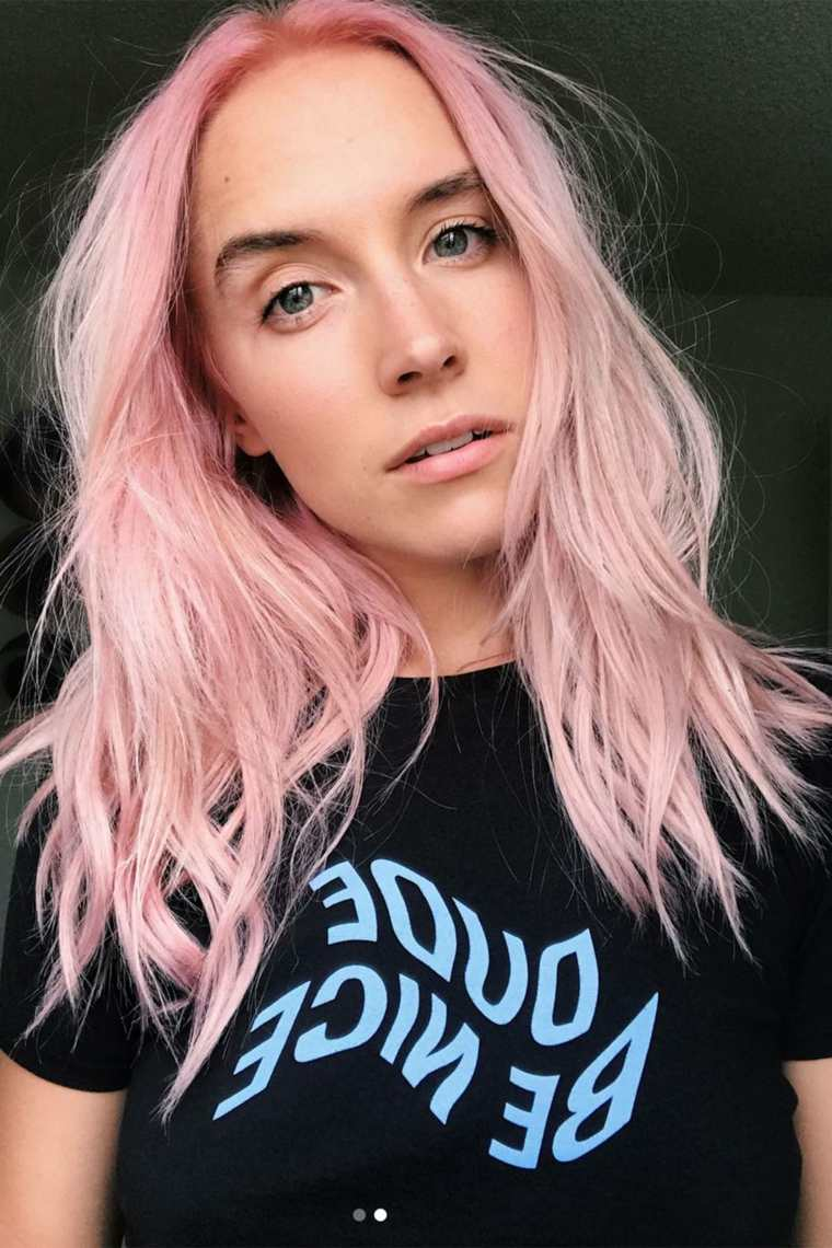 color-cabello-rosa-moda-2019-ideas-chica