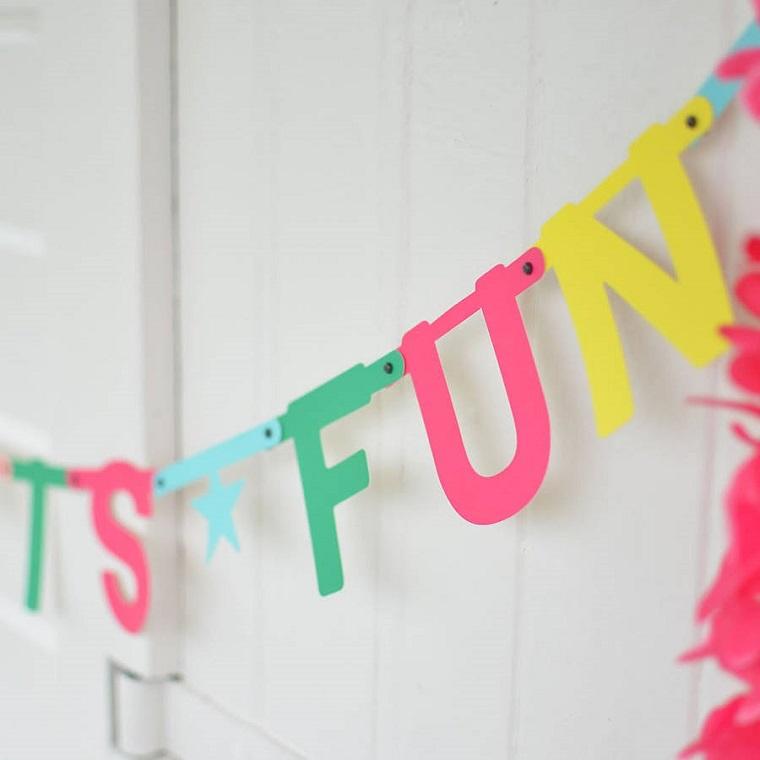 coloridas-letras-decoradas-paredes