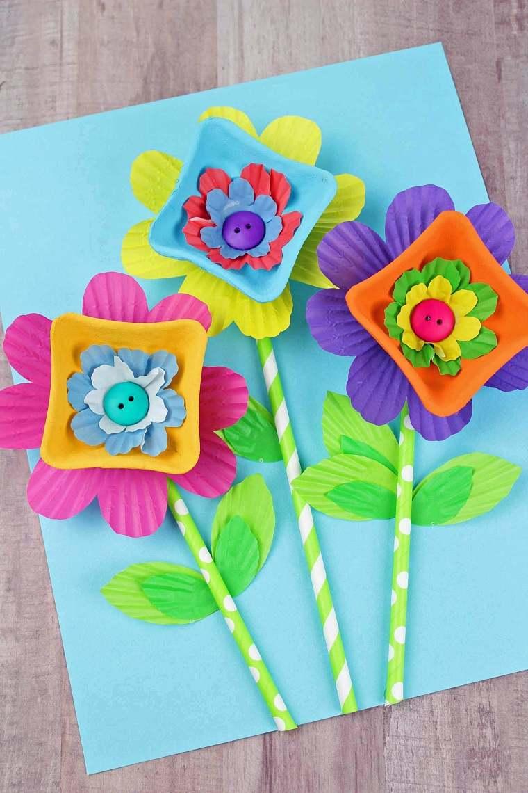 como hacer flores de cartulina mesa