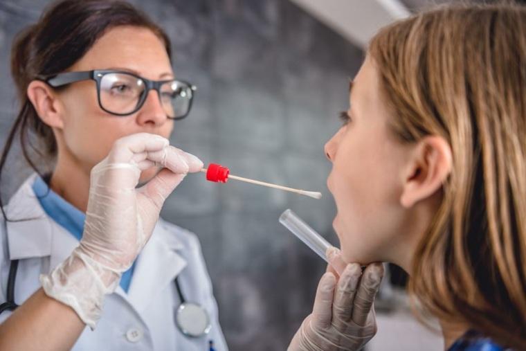 Investigación de laringitis