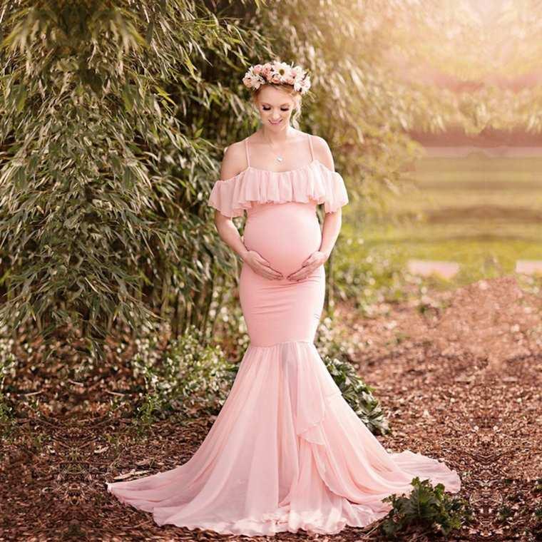 Vestido de corte sirena color rosa pálido