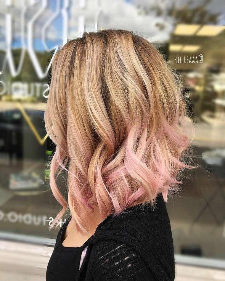 cortes-de-cabello-capas-rubio-rosa