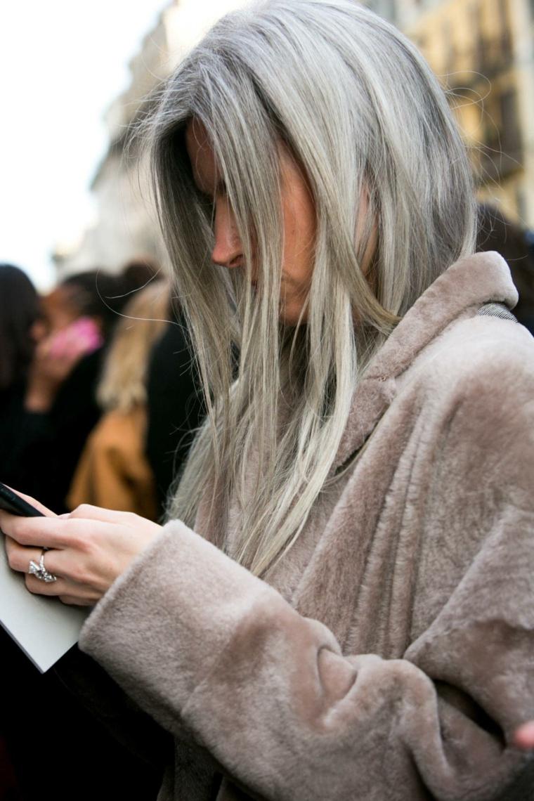cortes-de-cabello-largo-gris
