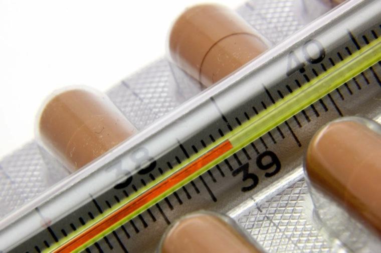 diferencias entre gripe y resfriado-medicinas