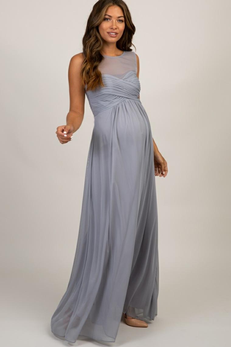 Bonito vestido de premamá de corte maxi
