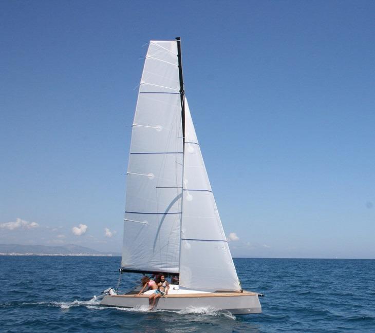 estilo-moderno-bote-ligero
