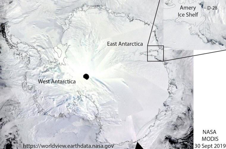 iceberg-gigante-oceano-hielo
