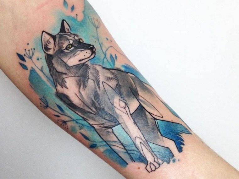 lobo-ideas-tatuado-mano-estilo