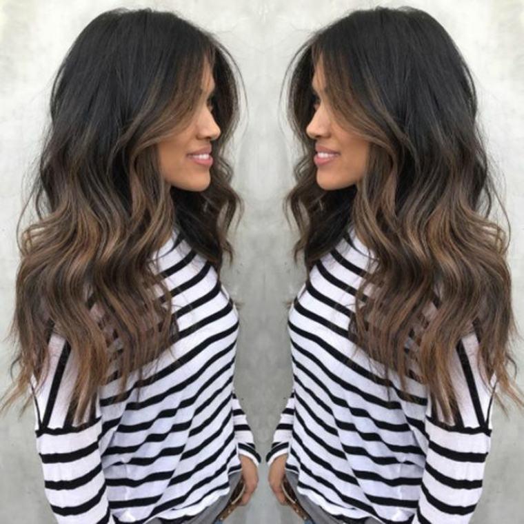 Mechas californianas en cabello oscuro